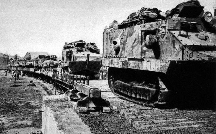 Schneider CA 1 - výkonem neoslnil, přesto ukázal cestu ke stavbě výkonnějších tanků