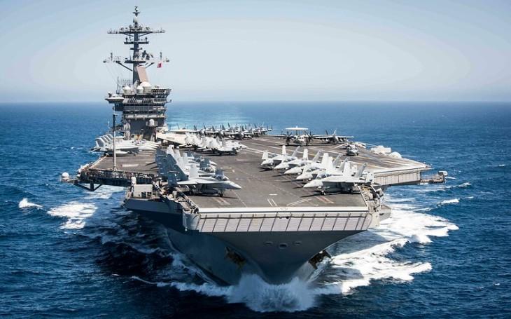 Plán US Navy nasadit lehké letadlové lodě se začíná pomalu přibližovat realitě