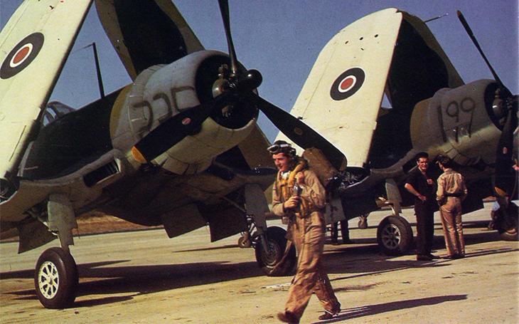 Kanadský pilot nebyl kamikaze - ale jeho útok na japonskou loď sebevražedný byl