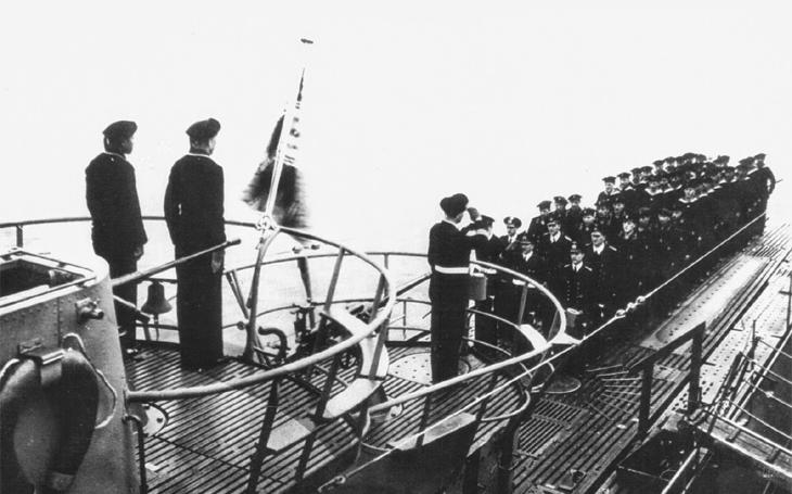 Celá posádka zahynula. Přes rozkaz ukončit ofenzívní akce ponorkový kapitán útočil ještě 5. května 1945