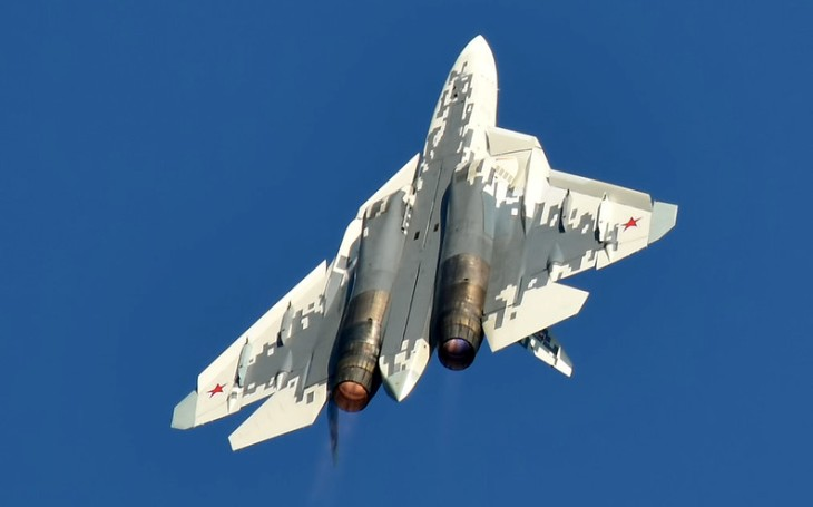 O letoun Su-57 mají zájem státy jihovýchodní Asie, prohlásil šéf ruské společnosti Rosoboronexport. Neprozradil však které