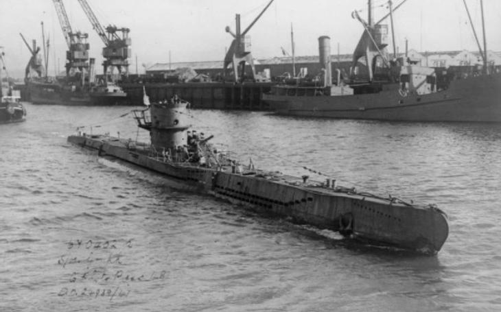 V říjnu roku 1940 se zrodily Hitlerovy ponorkové vlčí smečky