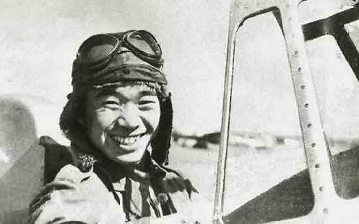 Mohl změnit americkou historii. Slavný japonský pilot mířil na bombardér s budoucím prezidentem. Dorazit ho ale nezvládl