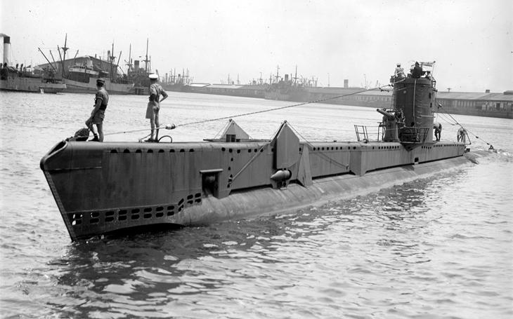 Souboj žraloků jako ve verneovce - britská ponorka poslala U-Boot ke dnu i s cenným nákladem
