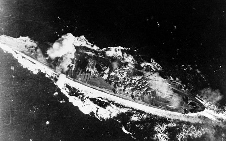 Sedmnáctiletý námořník přežil potopení bitevní lodi Jamato. Viděl harakiri na vlastní oči, zachránila ho dřevěná deska