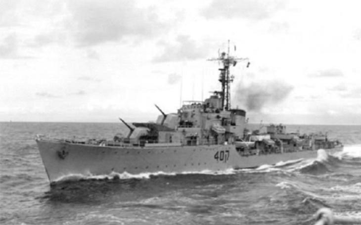 Torpédoborec přežil boje s Hitlerovou Kriegsmarine, smrtící úder sovětskou raketou už ne