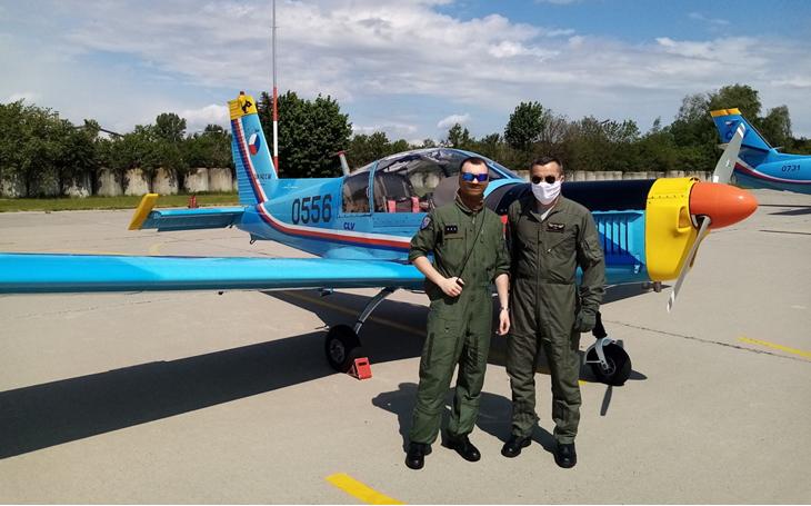 Centrum leteckého výcviku státního podniku LOM Praha pokračuje ve výcviku studentů Univerzity obrany