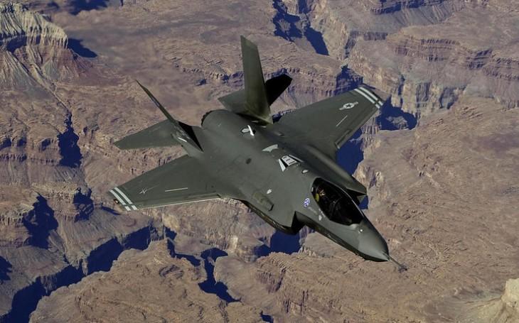 Klesá i ve Velké Británii ,,nadšení&quote; pro letouny F-35? Původní předpoklad nákupu 138 strojů může vzít za své