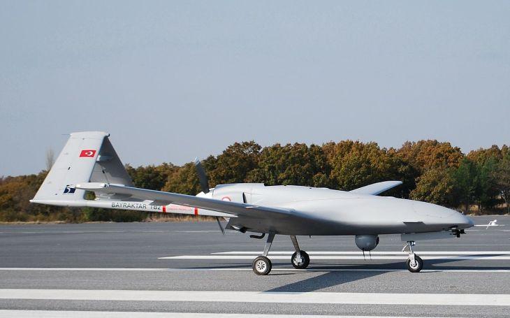 Rusko je znepokojeno přítomnosti tureckých bojových dronů na Donbasu. Kyjev si ,,notuje&quote; s Ankarou