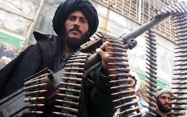 KOMENTÁŘ: Po dvaceti letech odcházejí Američané ,,z místa činu&quote;. Co bude s Afghánistánem dál?