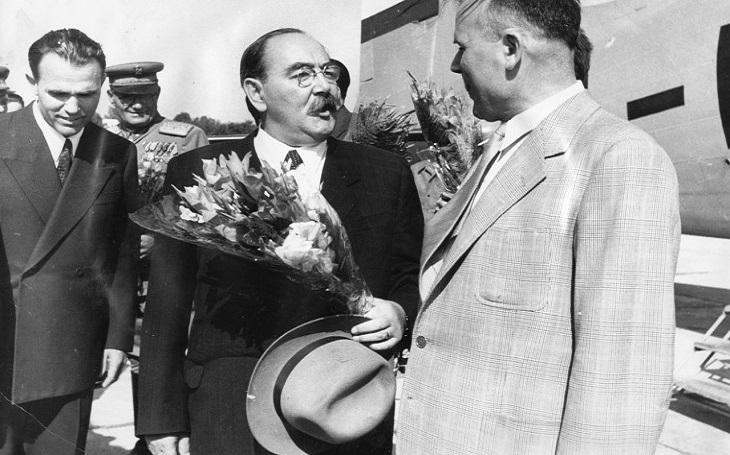 Imre Nagy - marně usiloval o reformy, skončil na popravišti