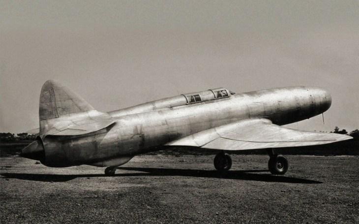 Caproni-Campini N.1: Italský experimentální reaktivní letoun. Projekt se zhroutil společně s fašistickou Itálií