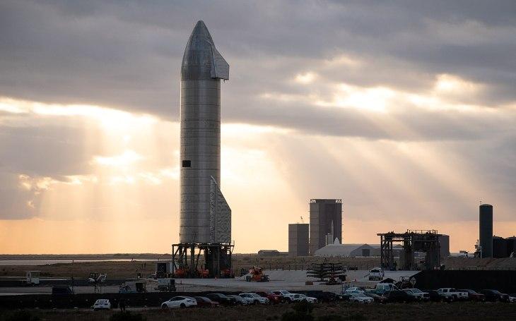VIDEO: Muskova raketa dokázala poprvé úspěšně přistát