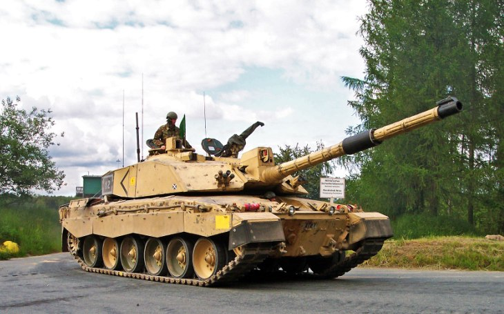 Británie udělila kontrakt na modernizaci tanků Challenger 2. O upgrade se postará Rheinmetall BAE Systems Land