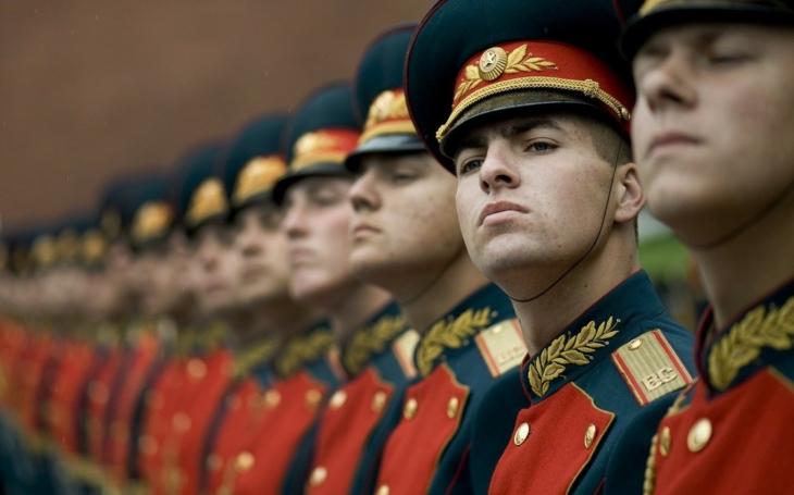 Ruský politolog: Kreml by měl po České republice chtít kompenzace za obě světové války, ztracený carský poklad a sovětskou okupaci ČSSR
