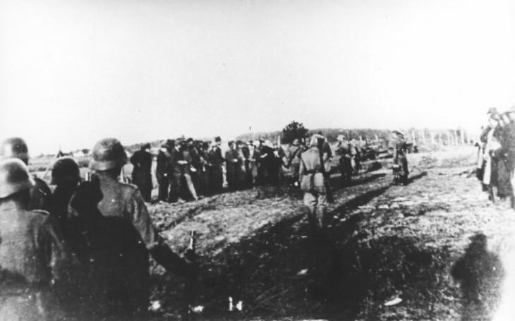 Kragujevská jatka: 2 000 popravených za smrt 10 německých vojáků. Strůjce brutálního masakru nakonec vyvázl bez trestu
