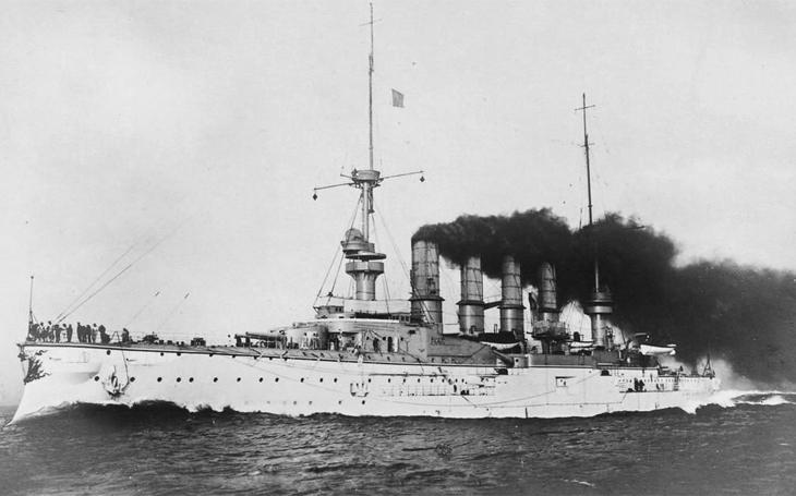 Britské bitevní křižníky zničily u Falkland německou eskadru admirála Spee - střílely ale hodně nepřesně