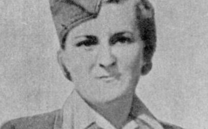 Byla to vzorná dívka z katolické rodiny. Nacistická bachařka Braunsteinerová bičovala ženy k smrti a ušlapávala stařenky jezdeckými botami. Spravedlnost nezůstala slepá