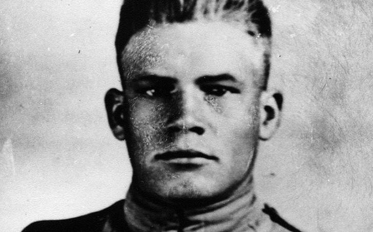 John Henry Pruitt: Sám dokázal zajmout 40 nepřátel a zmocnit se dvou kulometných hnízd. Smrt si pro statečného Američana přišla na jeho narozeniny