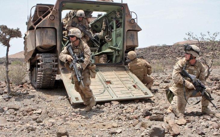 Námořní pěchota Spojených států amerických do další fáze výběrového řízení vybírá prototyp pokročilých vozidel General Dynamics
