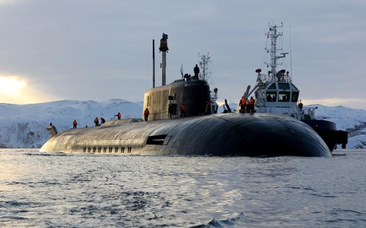 Ruská jaderná ponorka Orel ,,klekla&quote; v Baltském moři. Situace byla dramatická, uvedlo dánské námořnictvo