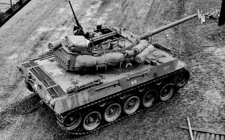 Stíhač tanků M18 Hellcat: Slabé pancéřování kompenzovala rychlost a slušná palebná síla. V závěru války však přišel problém