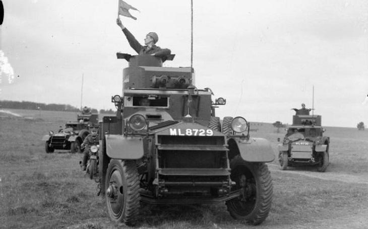 Obrněné vozidlo Lanchester: Dobré terénní schopnosti, spolehlivost a snadná údržba. Druhou světovou válku však přežil jen jeden kus