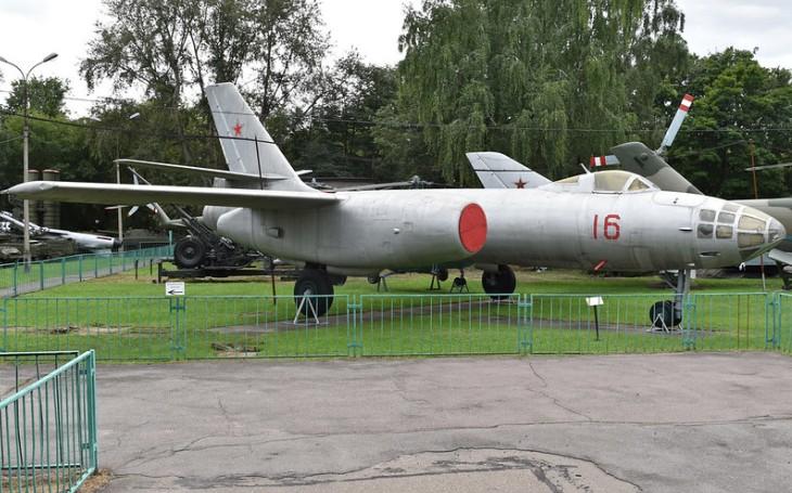 Iljušin Il-28: Do projektu nového bombardéru zasáhl sám generalissimus Stalin. Provoz ve stínu smrtelných nehod