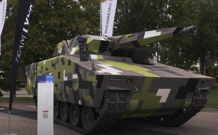 VIDEO: Na kopřivnickém polygonu se prohánělo bojové vozidlo pěchoty Lynx KF41