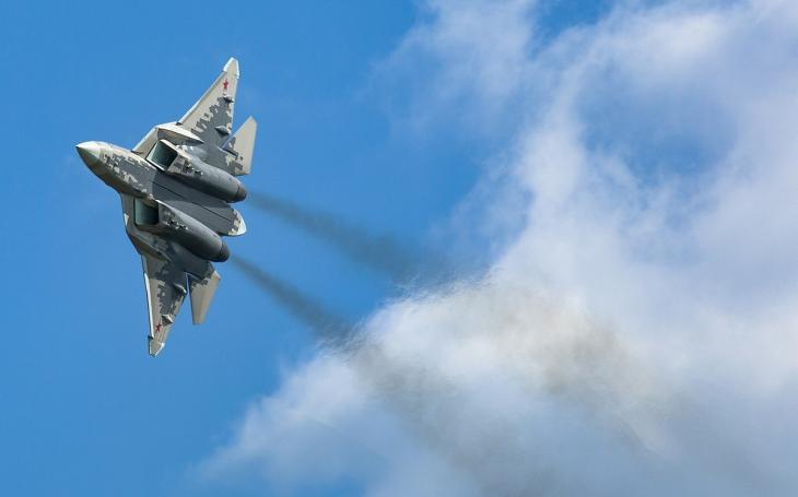 ,,Po zuby&quote; ozbrojené Su-57. Rusko vyvíjí novou hypersonickou protilodní raketu pro svůj stíhač